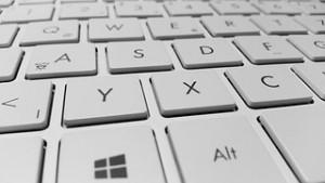 Bild einer Tastatur als Aufforderung, Artikel für uns zu schreiben