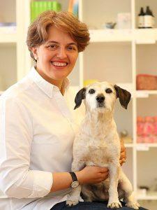 Jana Thann unterrichtet Rituale selbst gestalten
