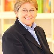 Mag. Claudia Dieckmann unterrichtet Bewussts-Sein