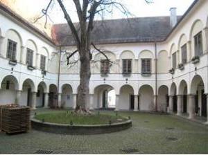 Schloss Retzhof, Veranstaltungsort des Spirituellen Yoga Retreats 2016