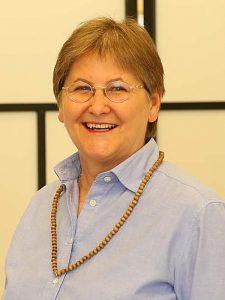 Mag. Claudia Dieckmann bei einem spirituellen Talk im Institut für Energiearbeit
