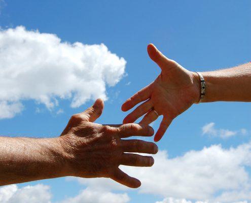 Dem Kunden die Hand zur Freundschaft reichen - die Basis für erfolgreiche Reklamationsbearbeitung